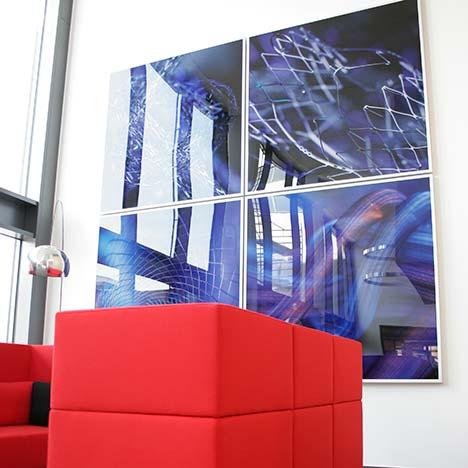 Lassen Sie Ihre Produkte im richtigen Licht erstrahlen! Dank des PLATTENDRUCK, Plattendirektdruck, Direktdruck auf Acrylglas auf Aludibond stellen wir Ihre Displays her. Design und Technik ist uns wichtig!